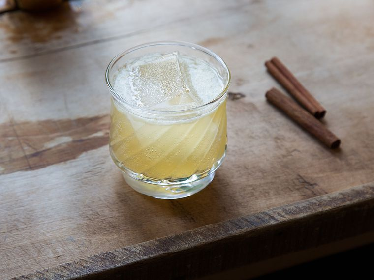 Cinna-Scotch Sour
